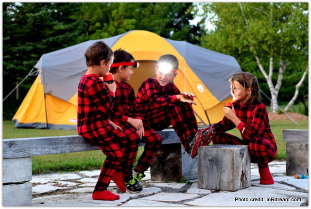 Backyard Camping Tips, Backyard Campout, Energize your summer, Camping in your backyard, Tips to make backyard camping fun, Energizer Flashlights, Kids backyard camping, Kids playing with flashlight, Energize your summer